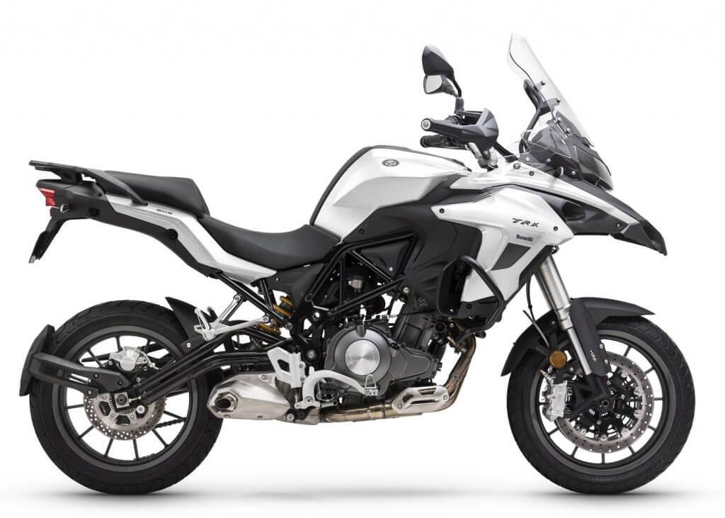 comprar-motos-benelli-trk-502-blanco-motissimo-barcelona