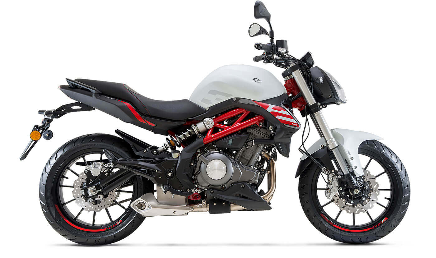 comprar-motos-benelli-302-S-blanco-motissimo-barcelona