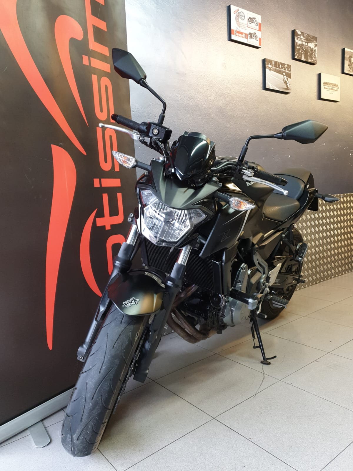 comprar-motos-ocasion-kawasaki-z650-abs-limitada-a2-motissimo-barcelona